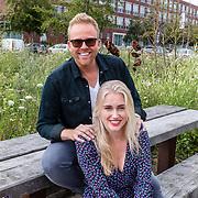 NL/Huizen/20207017 - Jeffrey en Suzan cd presentatie, Jeffrey Schenk en Suzan de Reus