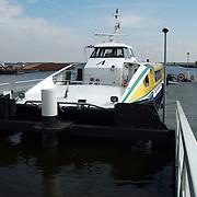 Nieuwe aanlegsteiger Aqualiner Huizen