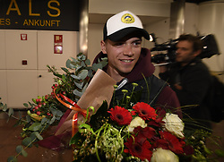 January 27, 2018 - Bruxelles, BELGIQUE - BRUSSELS, BELGIUM - JANUARY 27:  Belgian tennis player Elise Mertens - coach and boy friend Rob  (semi finalist at the Australia Open) pictured during her come back in Brussels Airport Belgium on january 27, 2018 in Brussels, Belgium, 27/01/2018 (Credit Image: © Panoramic via ZUMA Press)