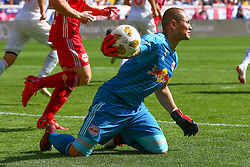 September 30, 2018 - Harrison, NJ, U.S. - HARRISON, NJ - SEPTEMBER 30:   New York Red Bulls goalkeeper Luis Robles (31) throws the ball up field during the first half of  the Major League Soccer game between the New York Red Bulls and Atlanta United on September 30, 2018 at Red Bull Arena in Harrison, NJ.  (Photo by Rich Graessle/Icon Sportswire) (Credit Image: © Rich Graessle/Icon SMI via ZUMA Press)