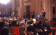 Sam Donaldson asks a question during a Reagan press conference on January 1986<br />Photograph ny Dennis Brack. bb78