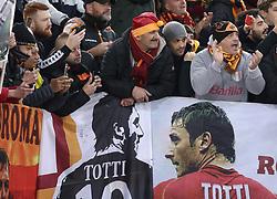 November 27, 2018 - Rome, Italy - AS Roma v FC Real Madrid : UEFA Champions League Group G.Roma supporters greeting the former captain Francesco Totti at Olimpico Stadium in Rome, Italy on November 27, 2018. (Credit Image: © Matteo Ciambelli/NurPhoto via ZUMA Press)