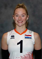 24-12-2019 NED: Photoshoot selection of Orange Youth Girls, Arnhem<br /> Orange Youth Girls 2019 - 2020 / Sophie Posthumus #1