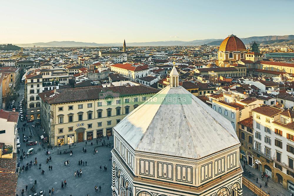 January 15, 2016 - ''High angle view of tourists and Baptistery of St John, Florence, Italy' (Credit Image: © Cultura via ZUMA Press)