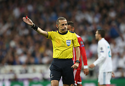 May 1, 2018 - Madrid, Spain - Referee Cueneyt Cakir seen during the UEFA Champions League Semi Final Second Leg match between Real Madrid and Bayern Muenchen at the Bernabeu on May 1, 2018 in Madrid, Spain. (Credit Image: © Raddad Jebarah/NurPhoto via ZUMA Press)