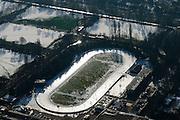 Nederland, Noord-Holland, Amsterdam, 28-10-2016; Jaap Eden IJsbaan. Het ijsbaancomplex bestaat uit een onoverdekte 400 meter buitenbaan met krabbelbaan en een overdekte ijshal.<br /> Jaap Eden ice skating rink. includes an outdoor 400 meter outdoor track and an indoor ice rink.<br /> <br /> luchtfoto (toeslag op standard tarieven);<br /> aerial photo (additional fee required);<br /> copyright foto/photo Siebe Swart
