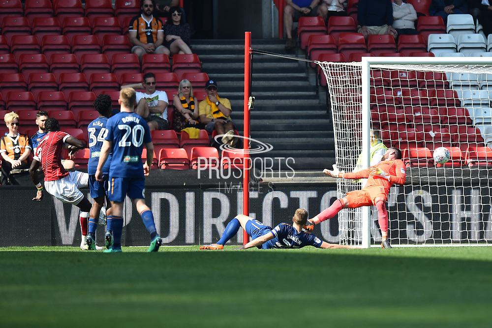 Goal - Famara Diedhiou (9) of Bristol City scores a goal to make the score 2-1 during the EFL Sky Bet Championship match between Bristol City and Hull City at Ashton Gate, Bristol, England on 21 April 2018. Picture by Graham Hunt.