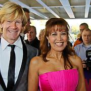 NLD/Tilburg/20101010 - Inloop musical Legaly Blonde, Sandra Reemer en Addy van den Krommenacker