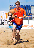 SCHEVENINGEN - Oud international Bram Lomans. Beachhockey in The Hague Beach Stadion. Foto Koen Suyk