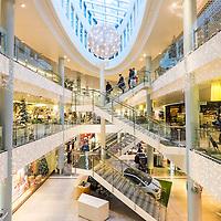 8 desember 2014. 16 dager til julaften. Kjøpesenteret Sandens i Kristiansand sentrum er klar for jul. Fotografert med senterets tillatelse.<br /> <br /> December 8 2014. The shopping mall in Kristiansand are ready for christmas.