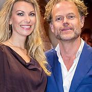 NLD/Amsterdam/20171002 - remiere Liesbeth List de Musical, Susan Smit en partner Onno Aerden