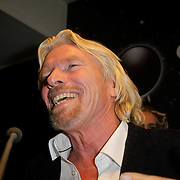 NLD/Den Haag/20111114 - Perslunch Virgin Galactic iav Sir Richard Branson,