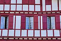 France, Pyrénées-Atlantiques (64), Pays Basque, Ainhoa, labellisé Les Plus Beaux Villages de France // France, Pyrénées-Atlantiques (64), Basque Country, Ainhoa, labeled Les Plus Beaux Villages de France