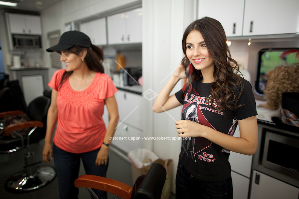 """Victoria Justice on location shooting """"Fun Size"""" in Cleveland, Ohio. ..Photo by Robert Caplin"""