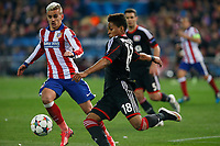Atletico de Madrid´s Griezmann (L) and Bayer 04 Leverkusen´s Wendell during the UEFA Champions League round of 16 second leg match between Atletico de Madrid and Bayer 04 Leverkusen at Vicente Calderon stadium in Madrid, Spain. March 17, 2015. (ALTERPHOTOS/Victor Blanco)