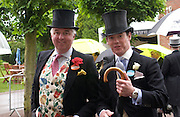 the hon Andrew Dixon and Captain  Peter Townley. Royal Ascot Race meeting Ascot at York. Wednesday, 15 June 2005. ONE TIME USE ONLY - DO NOT ARCHIVE  © Copyright Photograph by Dafydd Jones 66 Stockwell Park Rd. London SW9 0DA Tel 020 7733 0108 www.dafjones.com