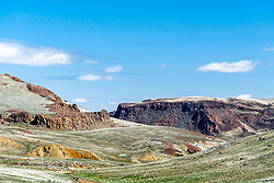 Owyhee Country, kind of has a ring to it doesn't it.  An amazing place of beautiful rolling hills grass and sage regularly interrupted by steep gulches and pinnacle buttes.