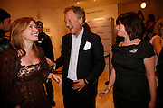 LOUISE WILSON, ZAC GERTLER AND JANE WILSON, Art Plus Music party. Fundraiser for the Whitechapel. 30 March 2006. ONE TIME USE ONLY - DO NOT ARCHIVE  © Copyright Photograph by Dafydd Jones 66 Stockwell Park Rd. London SW9 0DA Tel 020 7733 0108 www.dafjones.com