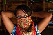 Zapatist woman wearing the shawl.<br /> Mujer zapatista llevando el pañuelo.