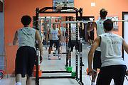 DESCRIZIONE : Folgaria Allenamento Raduno Collegiale  Nazionale Italia Maschile <br /> GIOCATORE : team<br /> CATEGORIA : allenamento palestra<br /> SQUADRA : Nazionale Italia <br /> EVENTO :  Allenamento Raduno Folgaria<br /> GARA : Allenamento<br /> DATA : 18/07/2012 <br />  SPORT : Pallacanestro<br />  AUTORE : Agenzia Ciamillo-Castoria/GiulioCiamillo<br />  Galleria : FIP Nazionali 2012<br />  Fotonotizia : Folgaria Allenamento Raduno Collegiale  Nazionale Italia Maschile <br />  Predefinita :