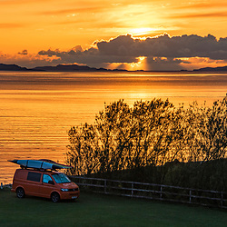 Pôr do Sol (Paisagem) fotografado na Escócia, na Europa. Registro feito em 2019.<br /> ⠀<br /> ⠀<br /> <br /> <br /> <br /> <br /> ENGLISH: Sunset photographed in Scotland, in Europe. Picture made in 2019.
