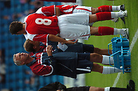Photo: Tony Oudot.<br /> Gillingham v Charlton Athletic. Pre Season Friendly. 28/07/2007.<br /> Charlton manager Alan Pardew gives words of advice to Darren Ambrose during the match