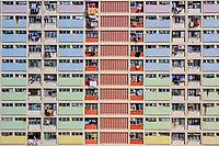 Chine, Hong Kong, Kowloon, quartier d'habitation très dense // China, Hong Kong, Kowloon island, Densely crowded apartment buildings