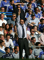 Photo: Lee Earle.<br /> Chelsea v Liverpool. The Barclays Premiership. 17/09/2006. Chelsea manager Jose Mourinho.