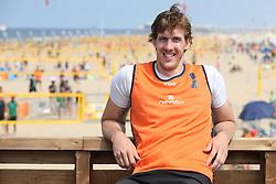 20160723 NED: NK Beachvolleybal 2016, Scheveningen <br />Joris Marcelis<br />©2016-FotoHoogendoorn.nl / Pim Waslander