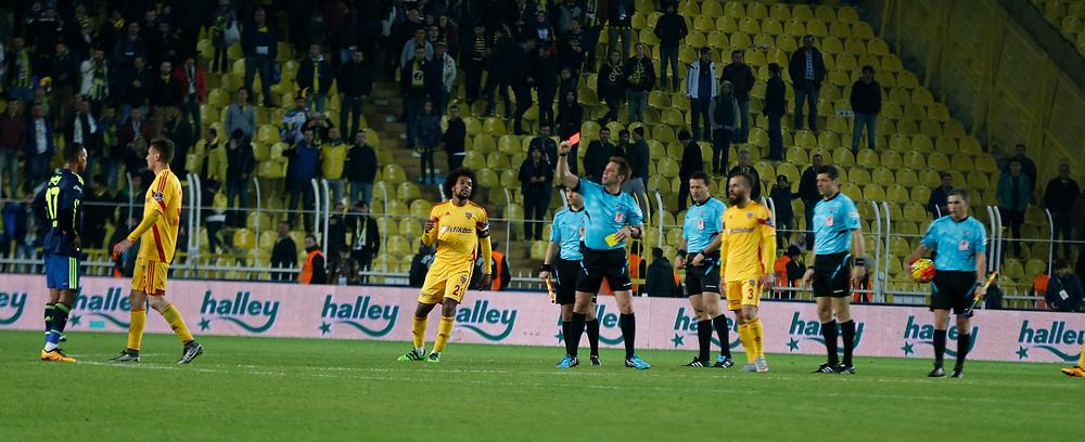 Referee Firat Aydinus (C) during their Turkish super league soccer match Fenerbahce between Kayserispor at the Sukru Saracaoglu stadium in Istanbul Turkey on Sunday 13 March 2016. Photo by TVPN/TURKPIX