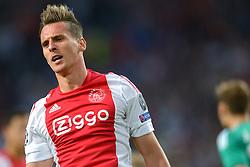 04-08-2015 NED: UEFA CL qualifying AFC Ajax - Rapid Wien, Amsterdam<br /> Ajax is al in de derde voorronde van de Champions League uitgeschakeld. Rapid Wien bleek een niet te nemen horde. Na de 2-2 in Wenen waren de Oostenrijkers in de Arena met 3-2 te sterk / Arkadiusz Milik #9 scoort de 2-1