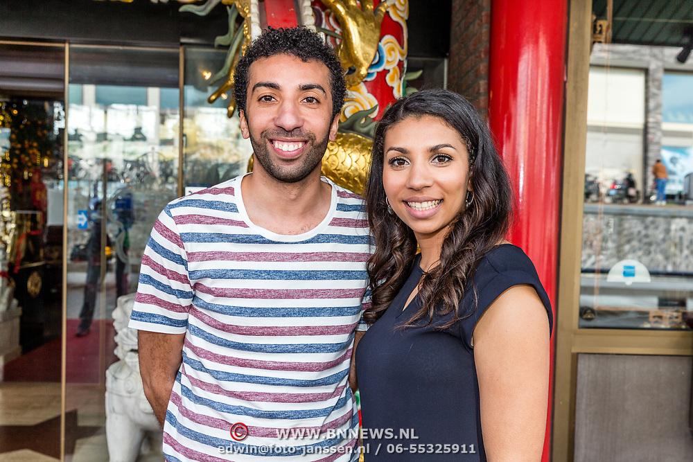 NLD/Amsterdam/20170330 - Perspresentatie Peking Express 2017, Hicham en Shiham