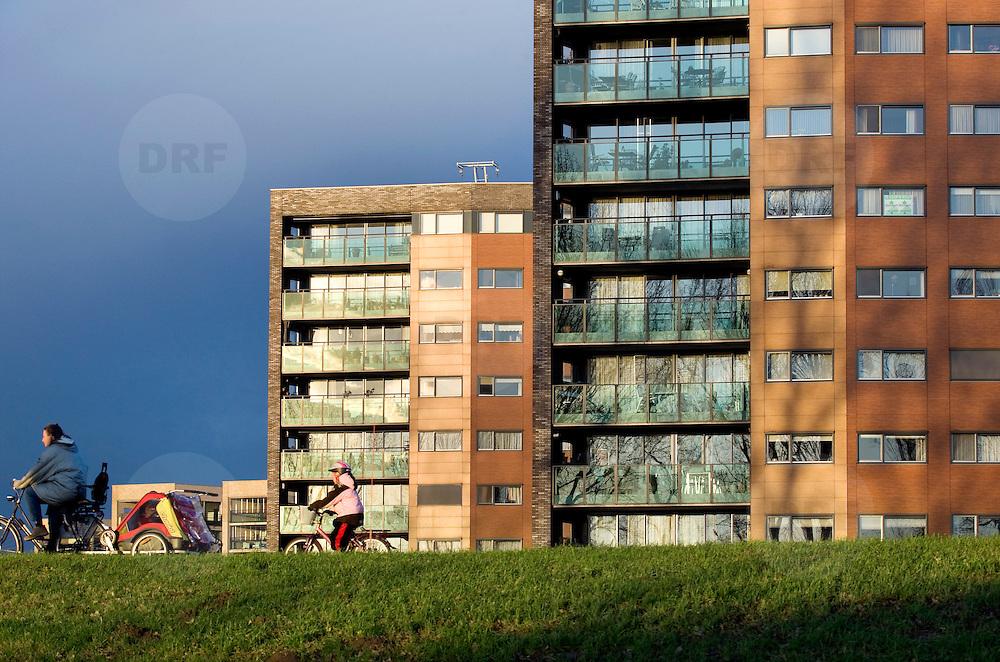 Nederland Barendrecht 3 december 2008 20081203 Foto: David Rozing.Nieuwbouw appartementen in vinexwijk Portland. .New apartment buildings on vinex location in Portland, suburb of Rotterdam .Foto: David Rozing