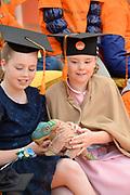 Koningsdag 2017 in Tilburg / Kingsday 2017 in Tilburg<br /> <br /> Op de foto / On the photo: Prinses Alexia en prinses Ariane / Princess Alexia