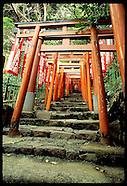 05: CONTRASTS TOKYO SHRINE