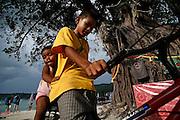 Thailandia , Phi Phi Island, Loh Dalam Bay. one of the few tree after the tsunami