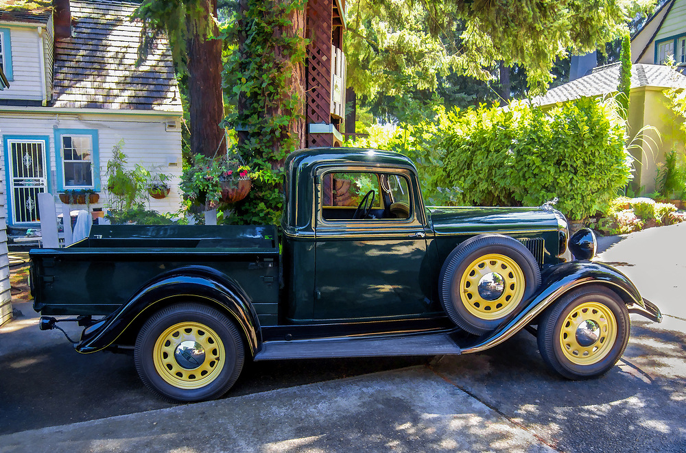 A vingage Dodge pickup,,, lovingly restored.
