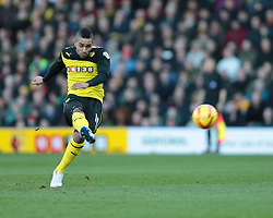 Watford's Lewis McGugan - Photo mandatory by-line: Nigel Pitts-Drake/JMP - Tel: Mobile: 07966 386802 11/01/2014 - SPORT - FOOTBALL - Vicarage Road - Watford - Watford v Reading - Sky Bet Championship