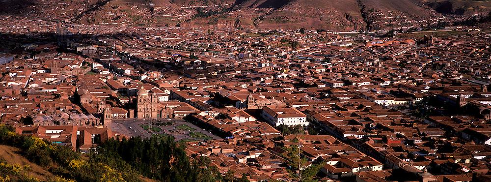 PERU, HIGHLANDS, CUZCO ancient capital of Incas; skyline