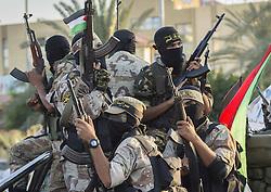 October 19, 2016 - Gaza City, The Gaza Strip, Palestine - Masked Islamic Jihad militants during a military parade marking the Islamic Jihad 29th foundation anniversary in Gaza city. (Credit Image: © Mahmoud Issa/Quds Net News via ZUMA Wire)
