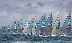 03.08.2012, Bucht von Weymouth, GBR, Olympia 2012, Segeln, im Bild Finn class start // during Sailing, at the 2012 Summer Olympics at Bay of Weymouth, United Kingdom on 2012/08/03. EXPA Pictures © 2012, PhotoCredit: EXPA/ Daniel Forster ***** ATTENTION for AUT, CRO, GER, FIN, NOR, NED, POL, SLO and SWE ONLY!