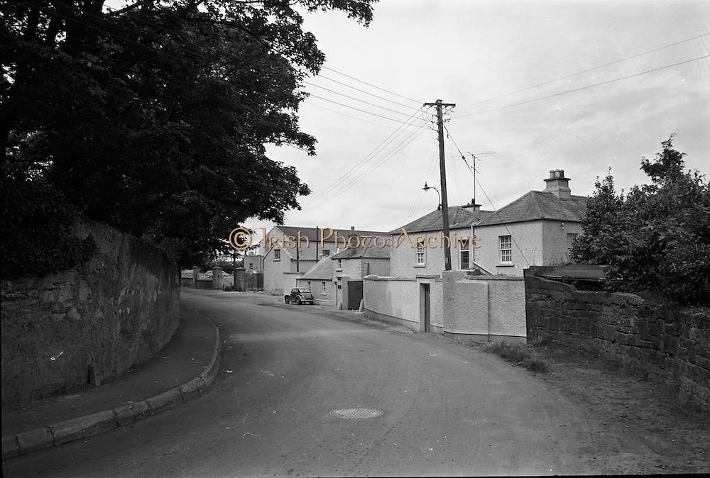 09/06/1967<br /> 06/09/1967<br /> 09 June 1967<br /> Views near St Theresa's Malahide Road, Dublin.