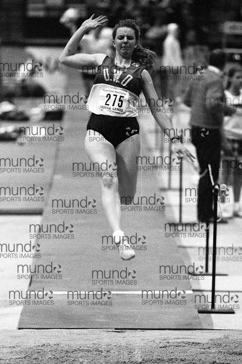 (Hamilton, Canada---10 January 1994) Colleen Bonfield competing at the 1994 Hamilton Spectator Indoor Games. Copyright 1994 Sean Burges / Mundo Sport Images <br /> <br /> <br /> ******This is an unadjusted scan from the negative. You can buy it as is and clean it up yourself, or contact us for rates on providing the service for you. *******