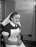04/11/1955<br /> 11/04/1955<br /> 04 November 1955<br /> Cerebos special presentation for Bisto competition winner at Monaghan for McConnell's. Nurse who won one of the prize cheques.