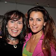 """NLD/Almere/20110624 - Expositie opening Ruud de Wild """"Moving"""" Galerie aan de Amstel, Patricia Steur en Quinty Trustfull"""