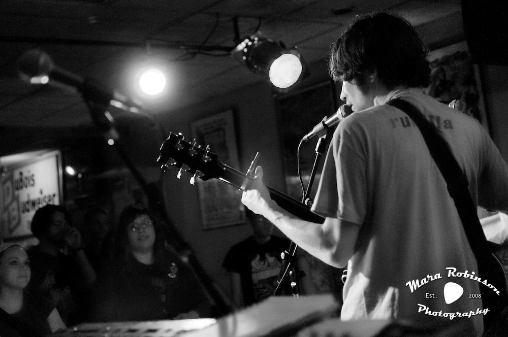 6552 The Dreadful Yawns - Ben Gmetro -  Rest reunion by Mara Robinson.Beachland Tavern (Cleveland, OH) 05.28.2010