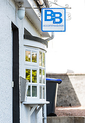 THEMENBILD - Schild einer Bed and Breakfast Unterkunft nahe Loch Duich, Schottland, aufgenommen am 08. Juni 2015 // Sign of a Bed and Breakfast accommodation near, Loch Duich, Scotland on 2015/06/09. EXPA Pictures © 2015, PhotoCredit: EXPA/ JFK