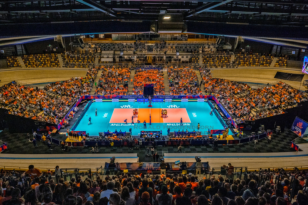 """28-05-2019 NED: Volleyball Nations League Netherlands - Brazil, Apeldoorn<br /> <br /> Full House in Omnisport """"De Voorwaarts"""" Apeldoorn - Gelderland boarding"""