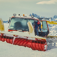 A snow cat grooms the slopes at Mammoth Mountain ski area