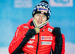 02.03.2019, Seefeld, AUT, FIS Weltmeisterschaften Ski Nordisch, Seefeld 2019, Skisprung, Herren, Siegerehrung, im Bild Weltmeister und Goldmedaillengewinner Dawid Kubacki (POL) // World champion and Gold medalist Dawid Kubacki of Poland during the winner ceremony for the men's Skijumping HS109 competition of FIS Nordic Ski World Championships 2019. Seefeld, Austria on 2019/03/02. EXPA Pictures © 2019, PhotoCredit: EXPA/ Stefan Adelsberger